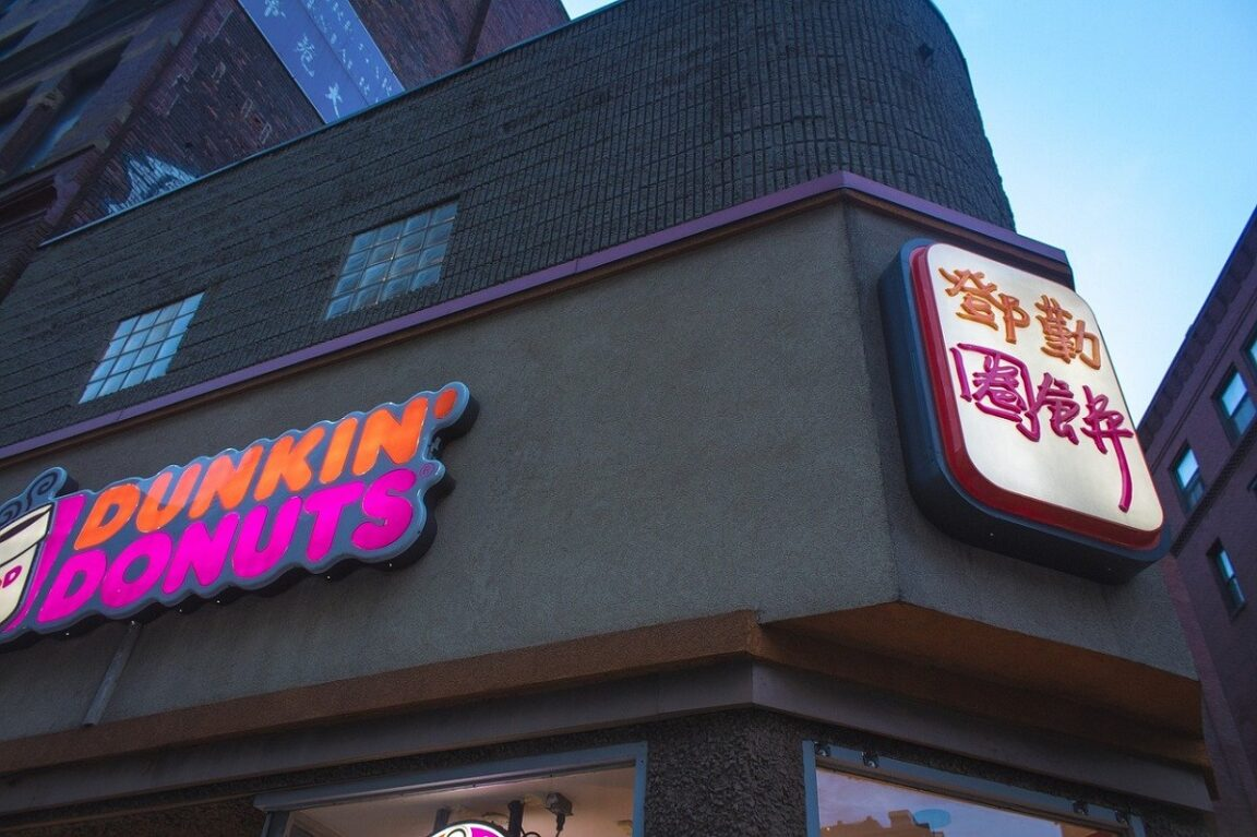 Dunkin 'is adding avocado toast to its spring menu