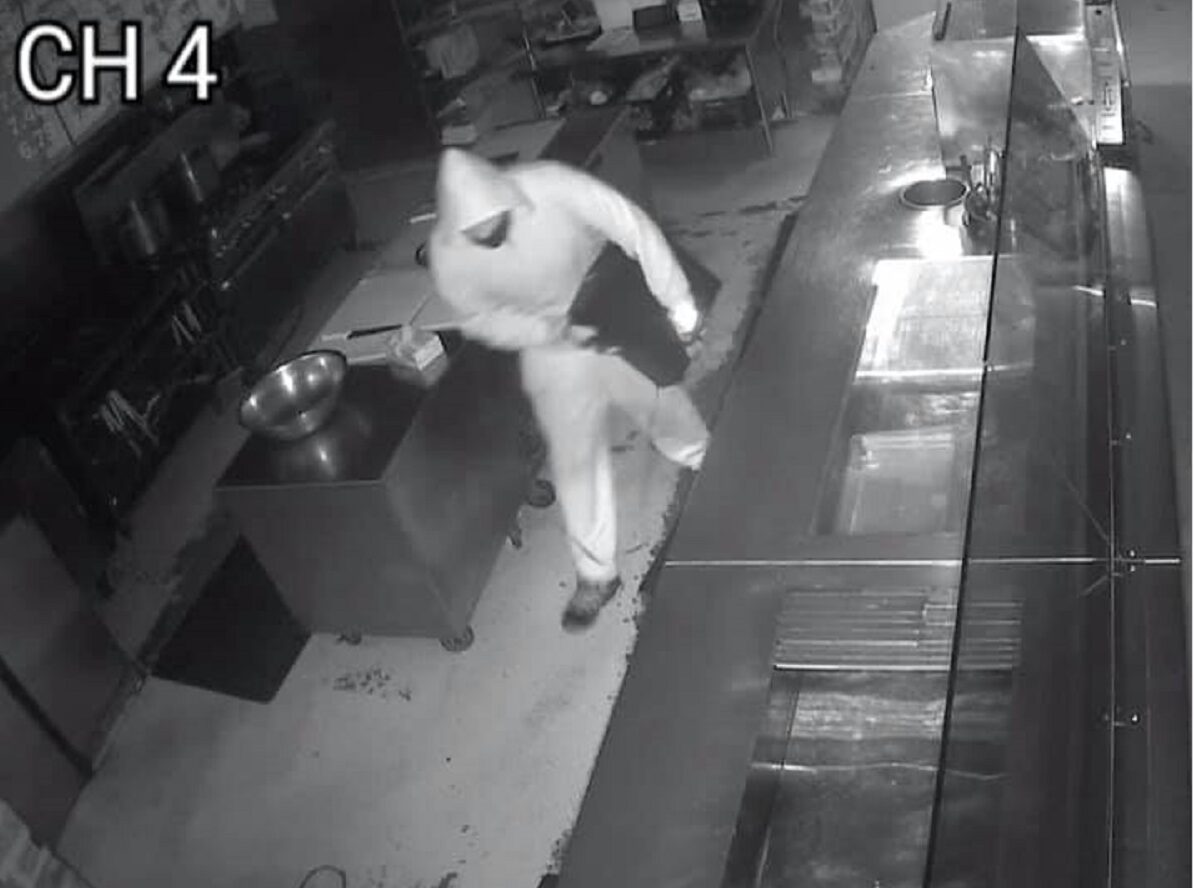 Restaurant owner seeks out an Easter Sunday burglar to offer him a job