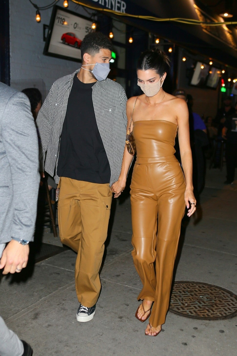 After so many rumors the romance between Kendall Jenner and Devin Booker is confirmed