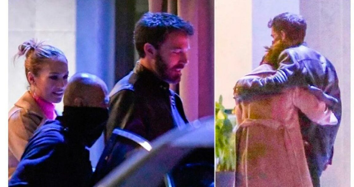 Jennifer Lopez and Ben Affleck no longer hide their love as they stepped out together