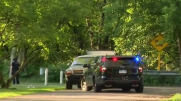 Father shot and killed daughter's boyfriend allegedly for assaulting her