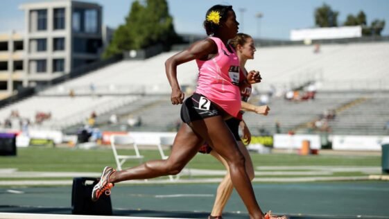 The athlete runs the 800 meters at 34 weeks pregnant
