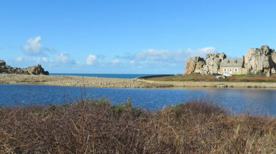 Castel Meur: a house among rocks in French Brittany