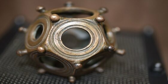 Roman Dodecahedron: mysterious found object