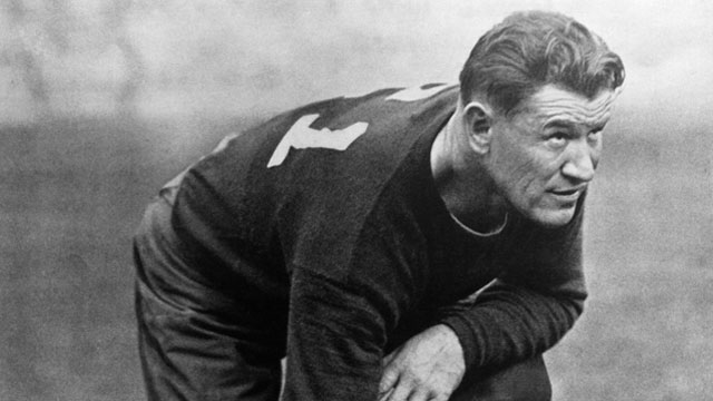 Jim Thorpe, the athlete who won two medals in junk shoes
