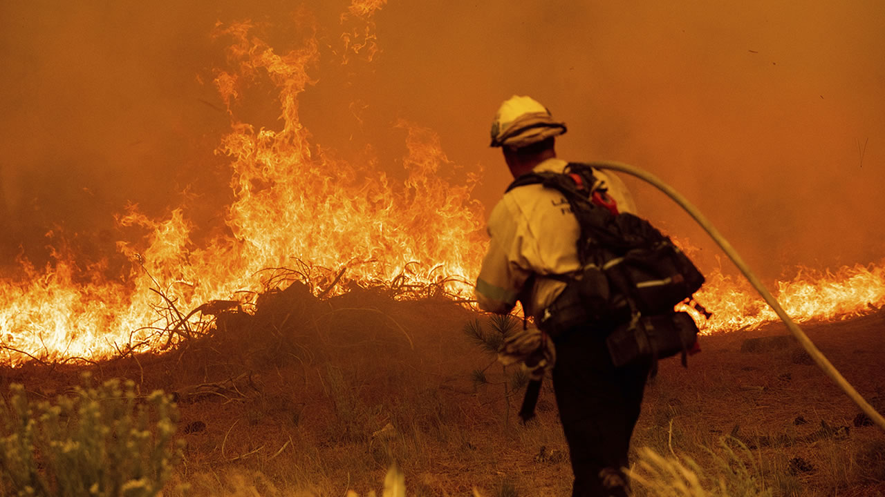 Strong winds push Caldor Fire closer to Lake Tahoe