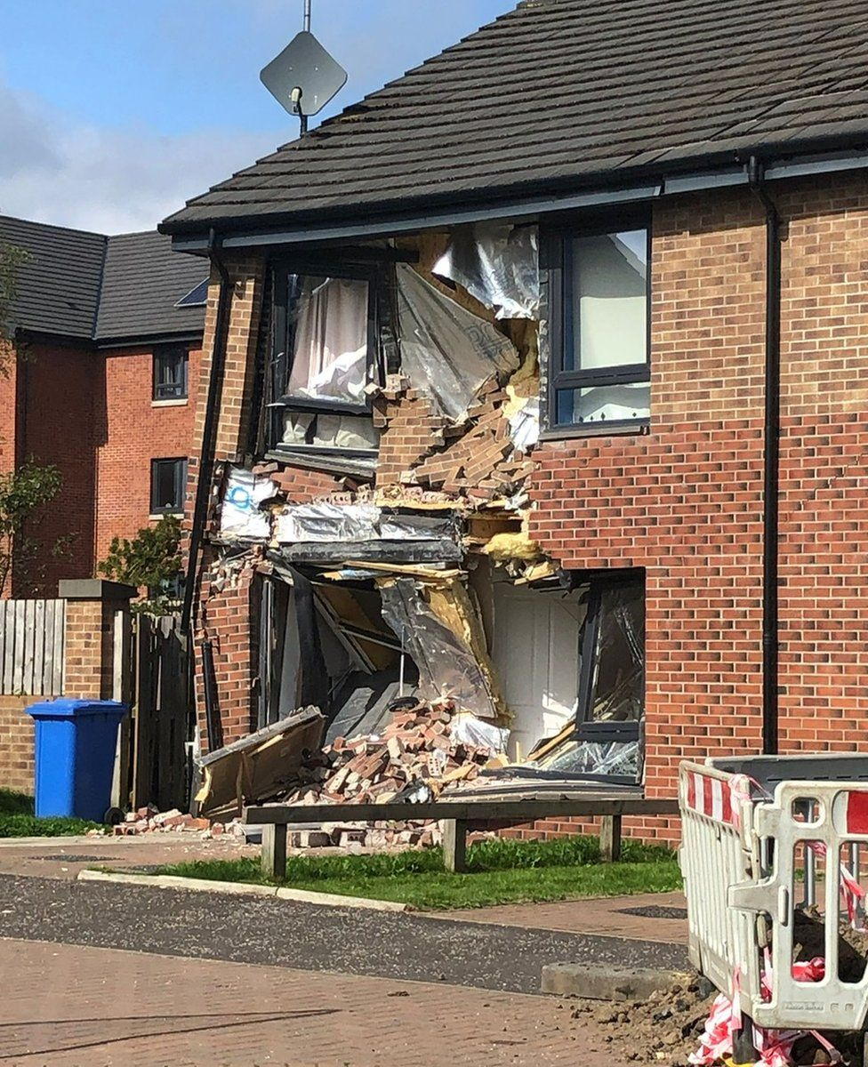 Truck driver deliberately crashes into house, completely wrecking building