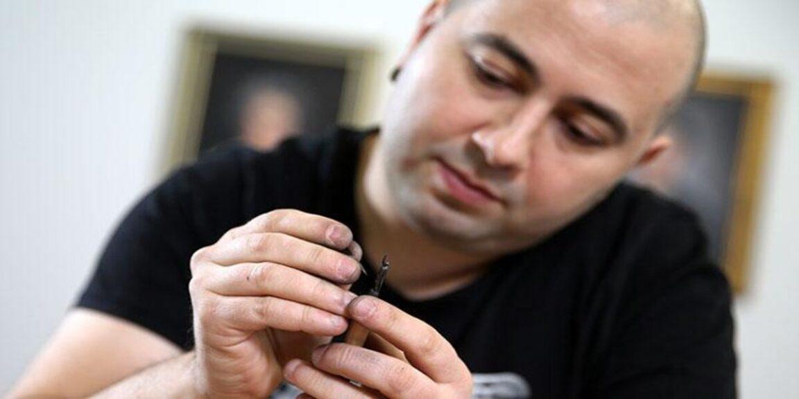 Jasenko Dordevic turns pencils into miniature works of art