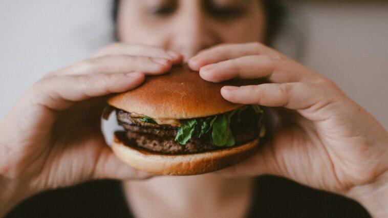A woman finds a human finger in a hamburger of a restaurant that belonged to an employee