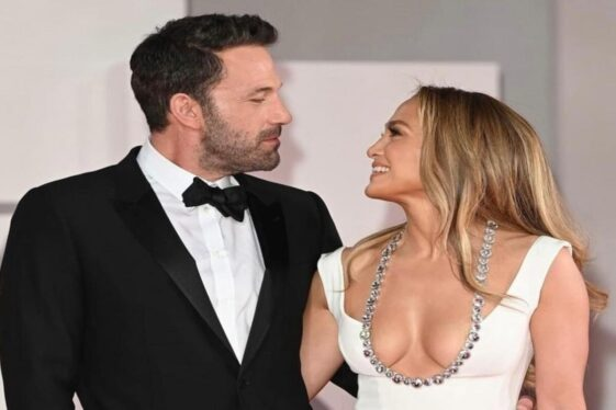 Ben Affleck can't help but rave about Jennifer Lopez