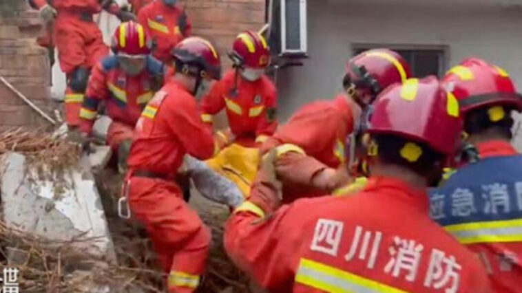 Earthquake leaves three dead and 60 injured in Sichuan, China