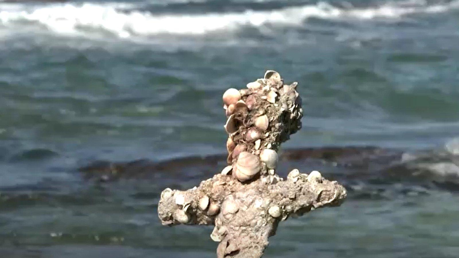 900-year-old sword found embedded in shells off Israel
