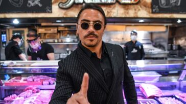 """The millionaire who dined at the new Salt Bae restaurant after eating at McDonald's says the steakhouse is """"not worth the price"""""""