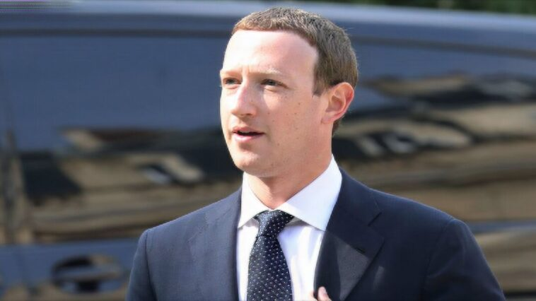 Mark Zuckerberg's net worth plummeted during the Facebook and Instagram outage
